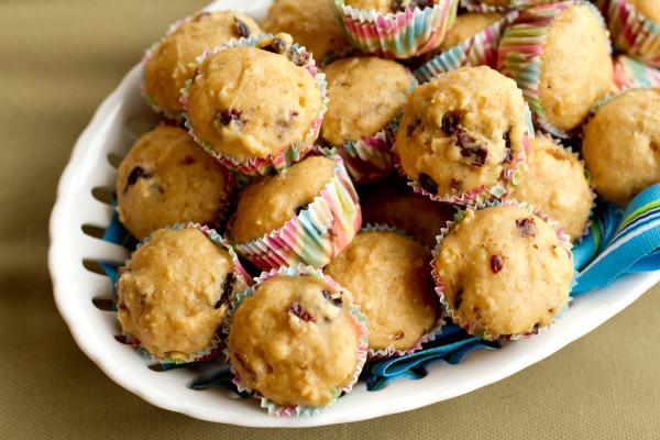 Cherry Oatmeal Muffins