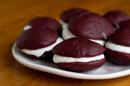 Red Velvet Whoopie Pies - poet in the pantry
