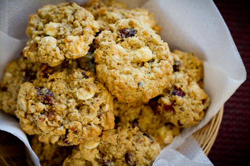 Oatmeal Cranberry White Chocolate Cookies - poet in the pantry