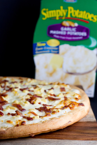 garlic mashed potatoes pizza