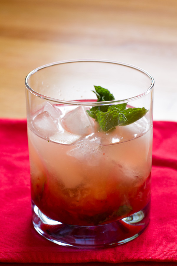 Strawberry Mint Smash