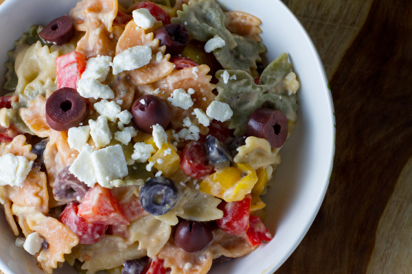 Olive Tapenade Hummus Pasta Salad - poet in the pantry