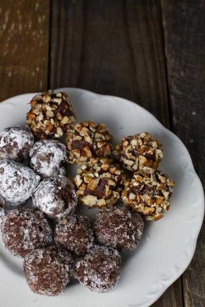 Chocolate Cinnamon Bourbon Truffles - poet in the pantry