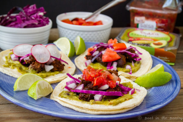 Chorizo Tacos with Southwest Guacamole feature Sabra's new Veggie Fusions South-Western guacamole, with fresh vegetables and 30% less fat! {sponsored post} #VeggieFusionsguac #veggieupyourguac