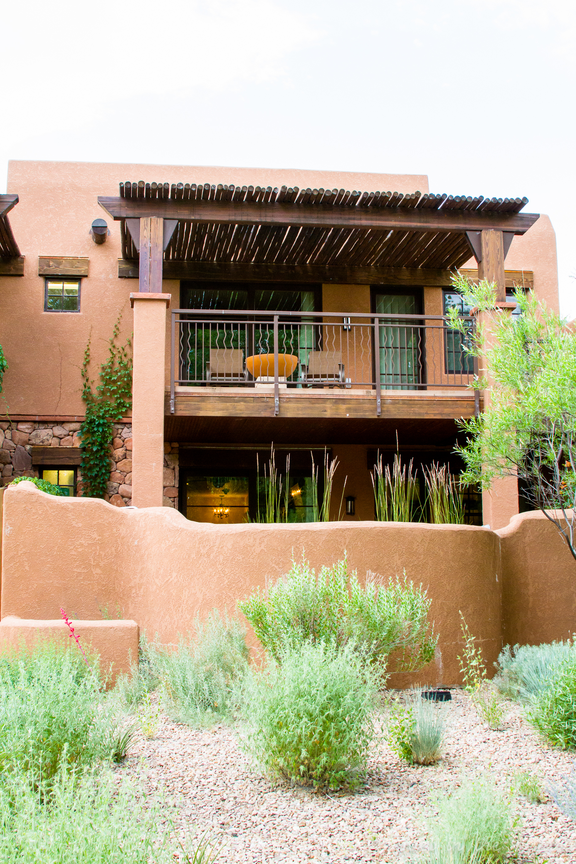 travel luxury and adventure await at gateway canyons resort