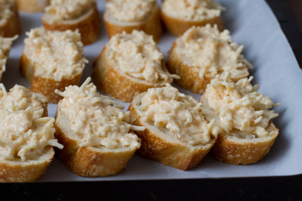 Cheesy Garlic Crostini