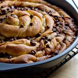 Chocolate Chip Cinnamon Bun Cake