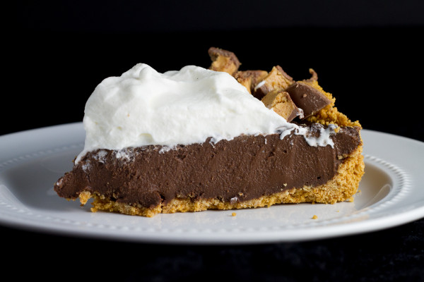 Chocolate Truffle Peanut Butter Egg Easter Pie