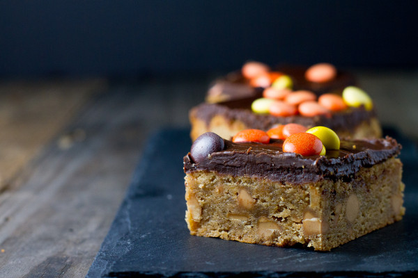 Peanut Butter Blondies with Chocolate Ganache - Poet in the Pantry