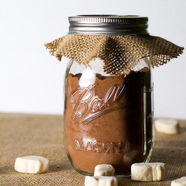 Homemade Hot Cocoa Mix - Poet in the Pantry