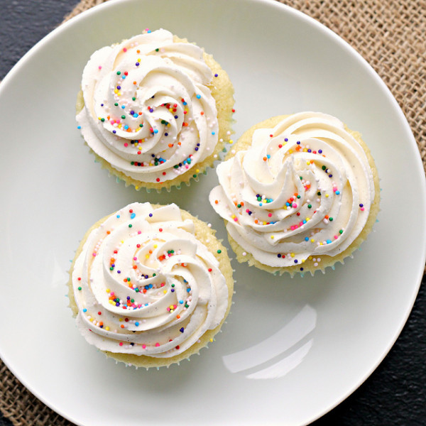 Perfect Vanilla Cupcakes from Eats Well with Others